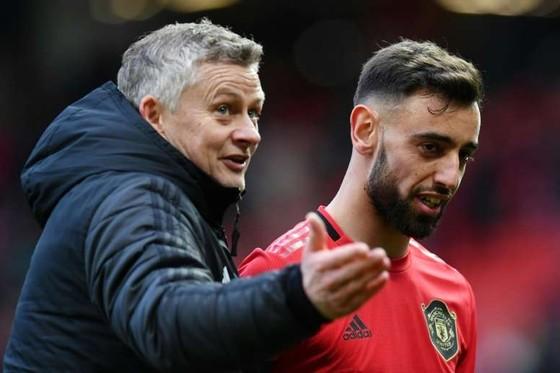 """Man.Utd phải sẵn sàng ngay khi bóng đá """"trở lại"""""""