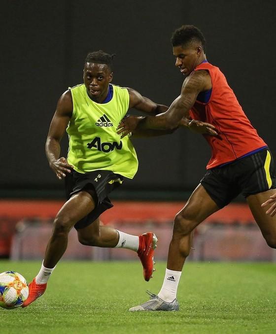 Wan-Bissaka tiến bộ nhờ… tập với Marcus Rashford ở Man United ảnh 2
