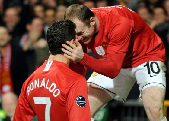Rooney: 'Bất chấp tình bạn với Cristiano, tôi sẽ chọn Messi'