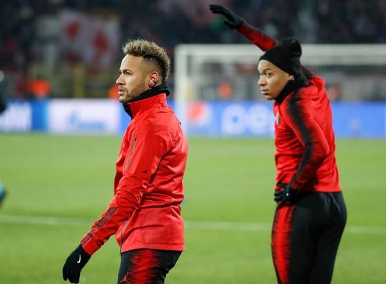 Đến Barca, Neymar sẽ mất phân nửa tiền lương so với ở PSG