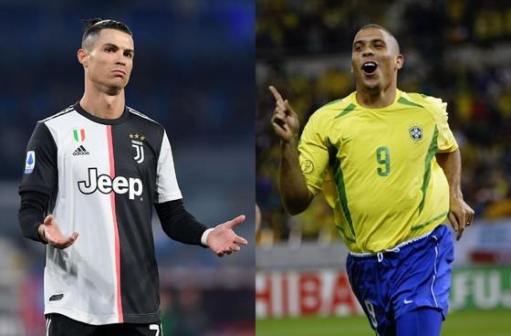 CR7 thừa nhận không thể sánh với Ronaldo Nazario ảnh 1