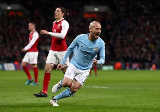 David Silva ăn mừng bàn thắng