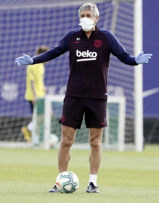 HLV Barca quyết thắng Champions League và rộng cửa đón Neymar ảnh 1
