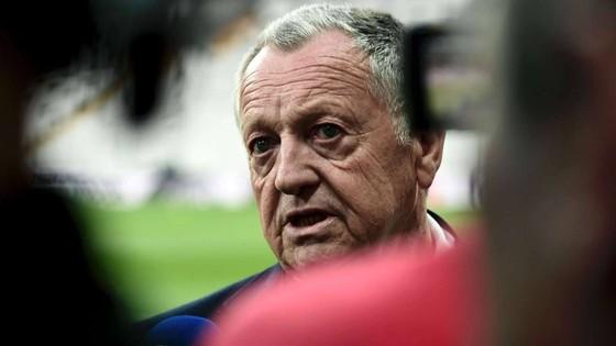 Chủ tịch Jean-Michel Aulas của Lyon quyết không bỏ cuộc