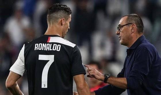Ronaldo và HLV Sarri