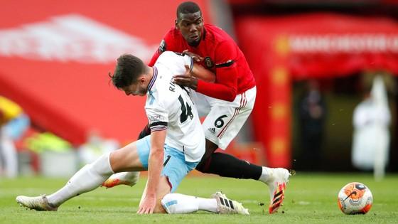 Manchester United – West Ham 1-1: Greenwood tỏa sáng khi Pogba tặng quà đội khách ảnh 1
