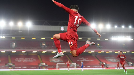 Liverpool – Chelsea 5-3: Cơn mưa bàn thắng đẹp ở Anfield ảnh 5