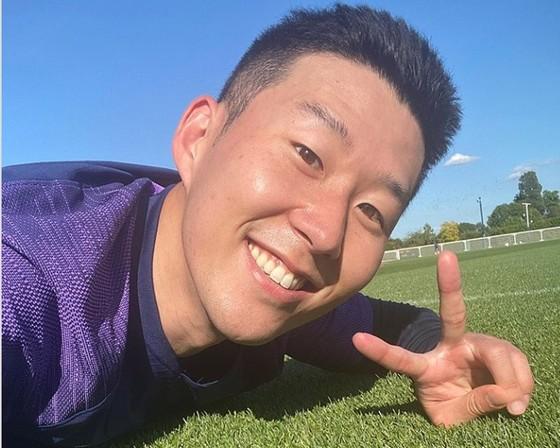 Dành sức cho bóng đá, Son Heung-min quyết không lấy vợ trước khi giải nghệ ảnh 1
