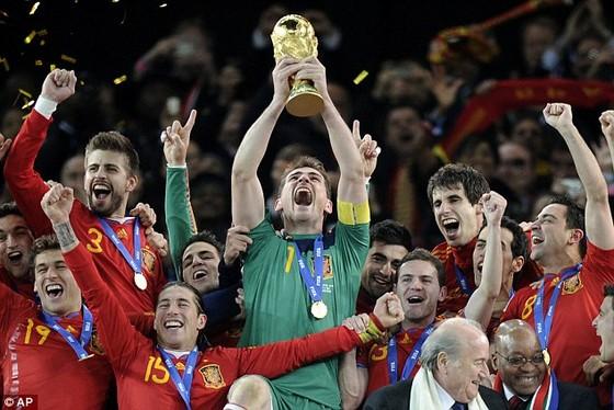 Iker Casillas tuyên bố giải nghệ ở tuổi 39 ảnh 2