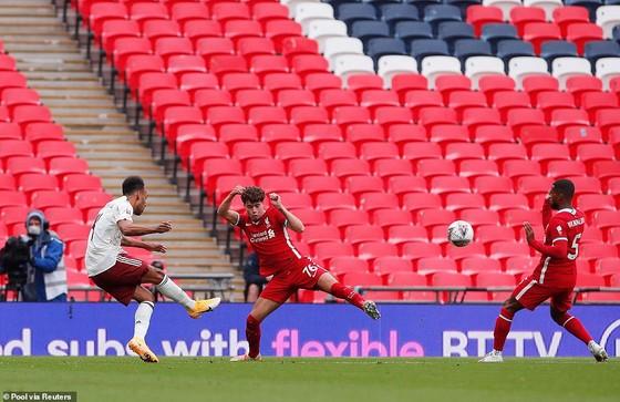 Arsenal – Liverpool 6-5, Pháo thủ trẻ quật ngã nhà vô địch Premier League ảnh 1