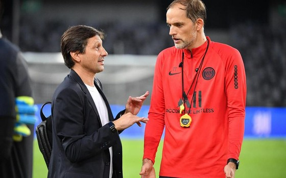 Giám đốc thể thao Leonardo và HLV trưởng Thomas Tuchel