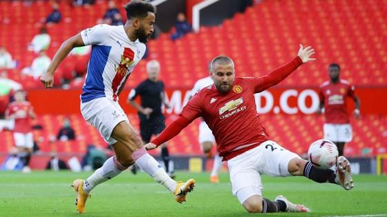 Man United – Crystal Palace 1-3, Zaha nhấn chìm Quỷ đỏ ảnh 2