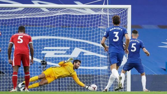 Sadio Mane ghi cú đúp, Chelsea trả giá sai lầm hàng thủ ảnh 3