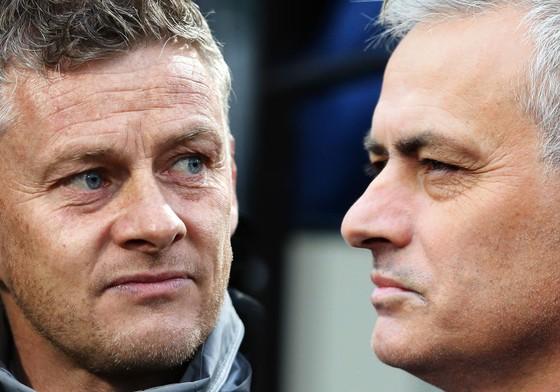 Ole Solskjaer và Jose Mourinho