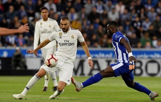 Real Madrid quyết lấy trọn 3 điểm trước Huesca