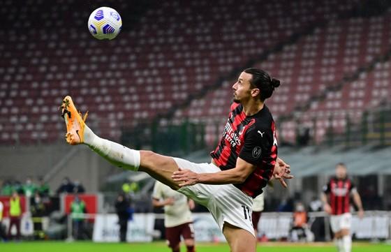 Zlatan Ibrahimovic sẽ dẫn dắt AC Milan tiến sâu vào giải