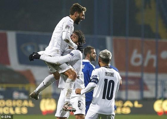 Niềm vui chiến thắng của tuyển Italia