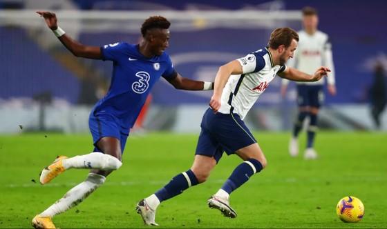 Hòa Chelsea, Tottenham chiếm lại ngôi đầu bảng ảnh 4