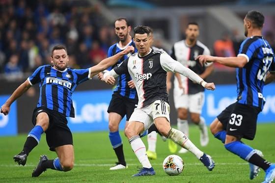 Ronaldo tiếp tục gánh vác trọng trách ghi bàn