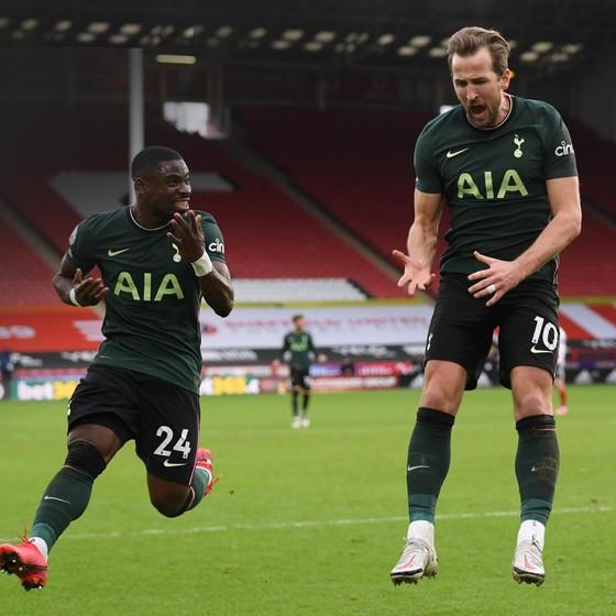 Harry Kane bênh vực Mourinho sau chiến thắng Sheffield  United ảnh 2