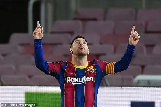 Cựu chủ tịch Barcelona Bartomeu phủ nhận việc rò rỉ hợp đồng trị giá 555 triệu euro của Lionel Messi ảnh 2