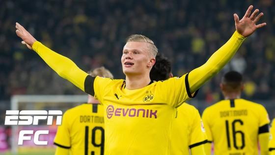 Erling Haaland tỏa sáng giúp Dortmund giành chiến thắng