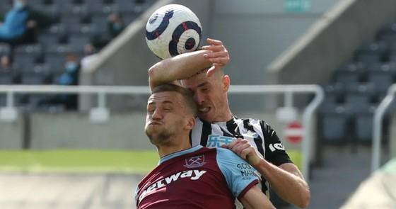 Thua đau Newcastle, West Ham nguy cơ văng khỏi tốp 4 ảnh 3