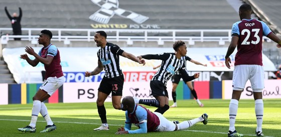 Thua đau Newcastle, West Ham nguy cơ văng khỏi tốp 4 ảnh 5