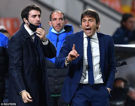 HLV Antonio Conte lên tiếng về Super League