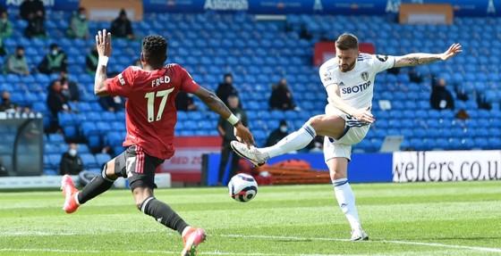Leeds cầm chân Man.United, giúp Man.City đến gần ngôi vô địch ảnh 3
