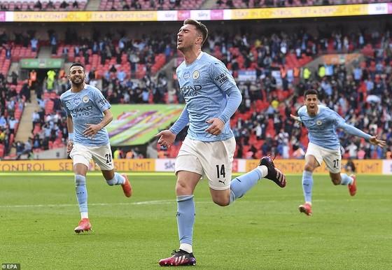 Aymeric Laporte nhấn chìm Tottenham, giúp Man City đăng quang League Cup 4 mùa liên tiếp ảnh 4
