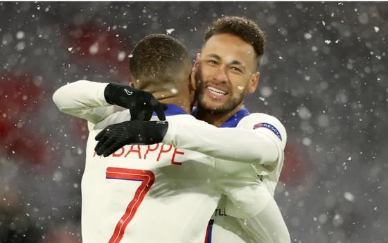 Pep Guardiola mất ngủ vì cặp song sát Neymar – Mbappe ảnh 1