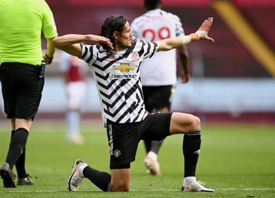 Manchester United triển hạn với Cavani đến năm 2022 ảnh 1