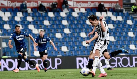 Thắng nghẹt thở Atalanta 2-1, Juventus đoạt Cúp nước Ỳ ảnh 2