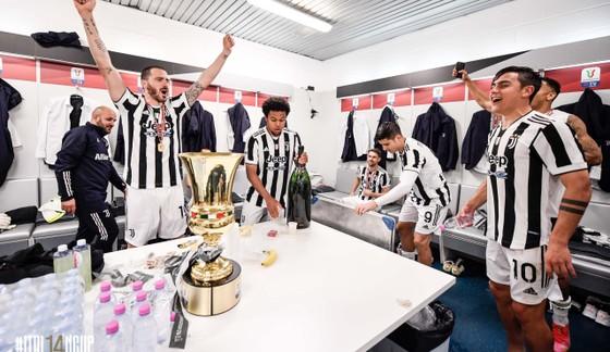 Thắng nghẹt thở Atalanta 2-1, Juventus đoạt Cúp nước Ỳ ảnh 7