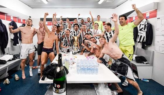 Thắng nghẹt thở Atalanta 2-1, Juventus đoạt Cúp nước Ỳ ảnh 8