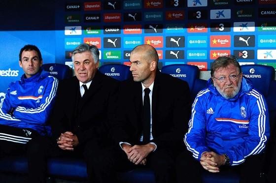 Zidane đã trưởng thành khi làm trợ lý cho Carlo Anc3elotti