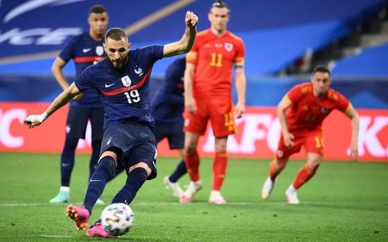 Antoine Griezmann vẫn là người sút phạt đền số 1 ở tuyển Pháp ảnh 1