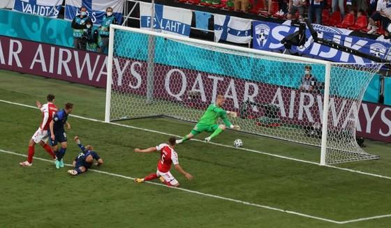 Đan Mạch – Phần Lan 0-1: Hjobjerg sút hỏng phạt đền, chủ nhà bất ngờ thua trận ảnh 3
