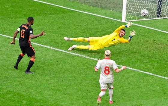 Bắc Macedonia – Hà Lan 0-3: Depay mở điểm, Wijnadum ghi cú đúp trong tiệc chia tay Goran Pandev ảnh 4