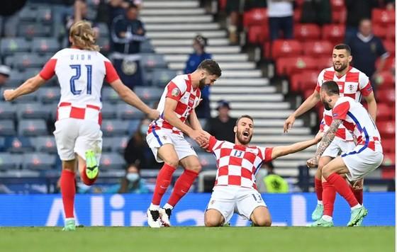 Croatia – Scotland 3-1: Vlasic mở tỷ số trong đêm Modric và Perisic tỏa sáng ảnh 1