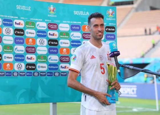 Slovakia - Tây Ban Nha 0-5: Chiến thắng kiểu bật nắp champagne của Luis Enrique ảnh 7