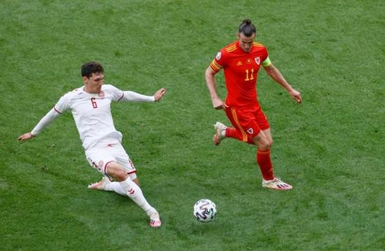 Xứ Wales – Đan Mạch 0-4, Kasper Dolberg viết tiếp giấc mơ cùa Lính chì ảnh 1
