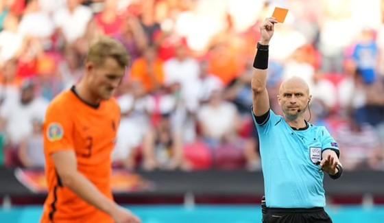 Hà Lan – CH Séc 0-2: Tomas Holes và Patrik Schick ghi bàn khi de Ligt trượt chân ảnh 4