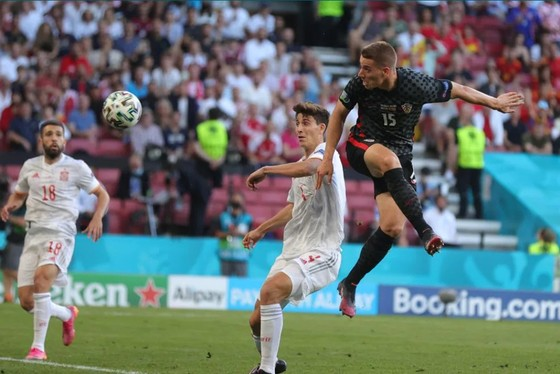 Croatia – Tây Ban Nha 3-5 (hiệp phụ): Unai Simon tặng quà, Sarabia, Torres, Morata tạo kỷ lục ghi bàn Euro ảnh 7