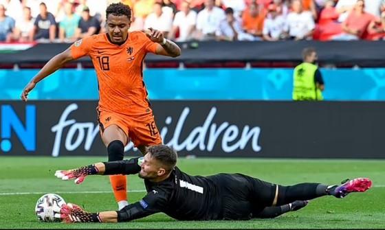Hà Lan – CH Séc 0-2: Tomas Holes và Patrik Schick ghi bàn khi de Ligt trượt chân ảnh 2