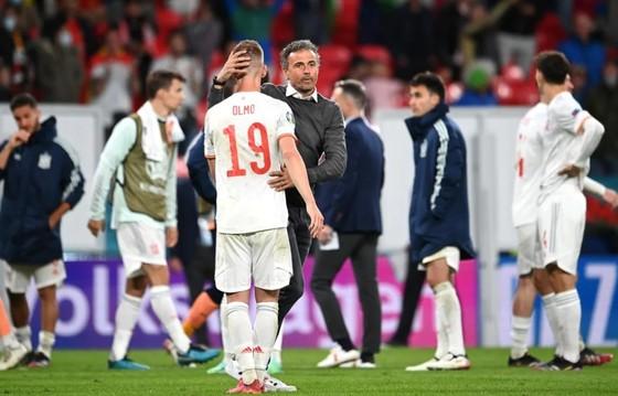 Tây Ban Nha mang tiki taka trở lại nhưng Italia thắng xứng đáng ảnh 1