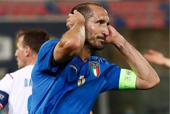 Trung vệ Chiellini là chột chận tuyệt vời của tuyển Italia