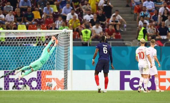 Cú sút xa của Patrik Schick vào lưới Scotland là bàn thắng đẹp nhất Euro 2020 ảnh 4
