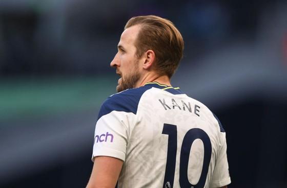 Harry Kane không nên quay lưng lại với CLB.